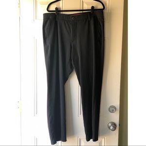 GUC Black Under Armour Men's Golf Pants size 38/30